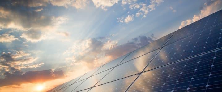 Fotovoltaico: ARERA semplifica le procedure per impianti inferiori a 800W